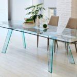 Как выбрать стеклянный стол