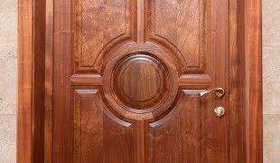 Деревянные двери из массива дуба - уют вашего дома